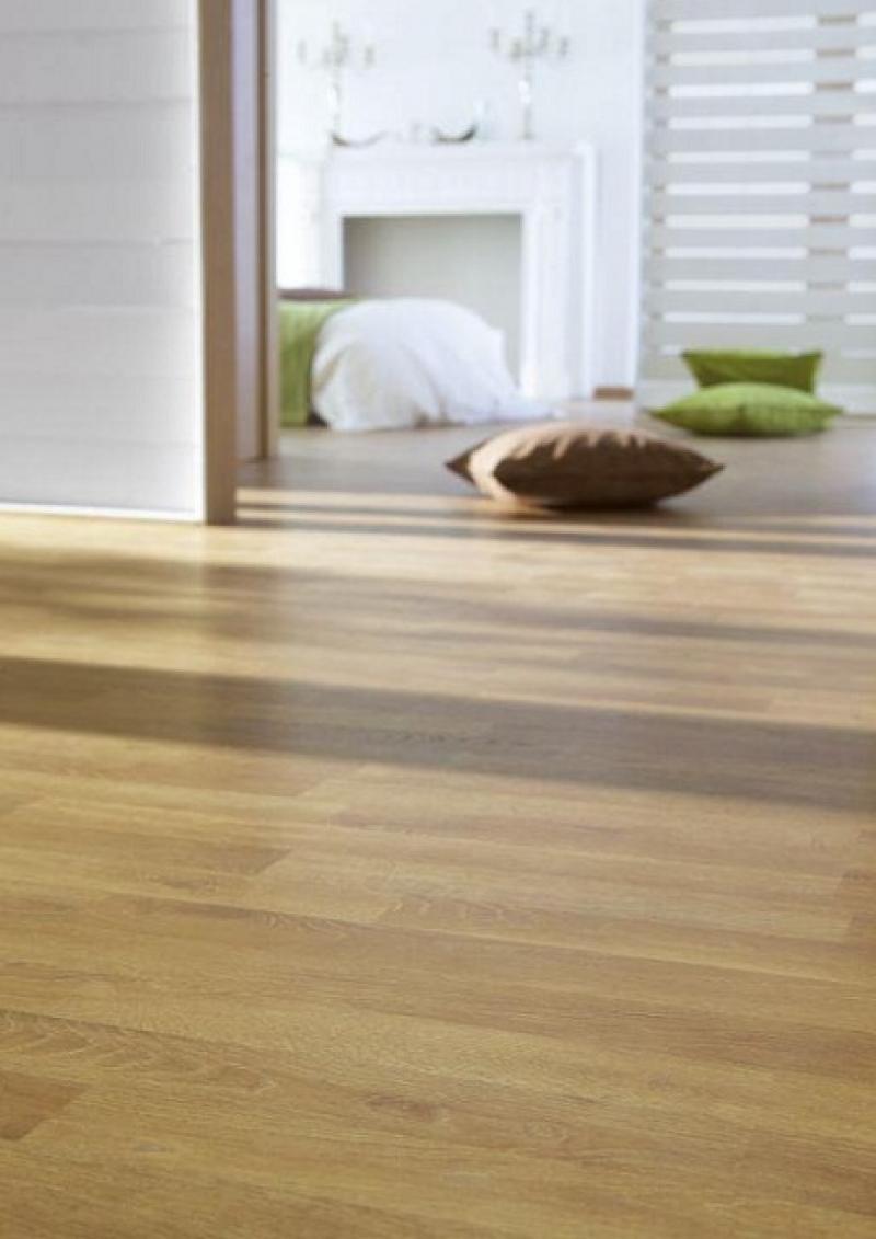 Suelo tarima flotante free el parquet de madera o for Mejor suelo laminado